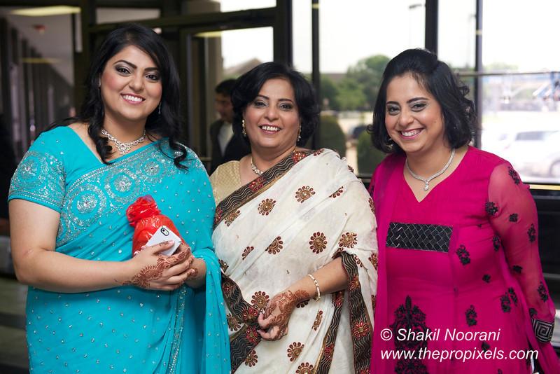 Naziya-Wedding-2013-06-08-01837.JPG