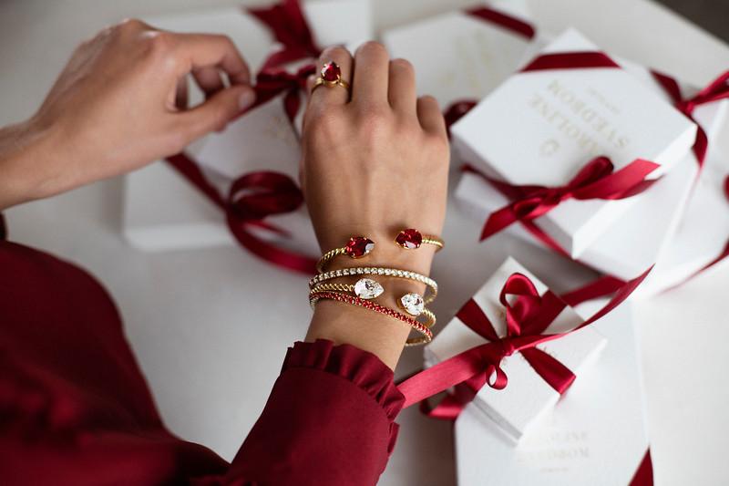 Scarlet gift boxes.jpg