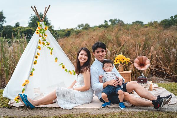 Zynas and Xinyi Family Photos