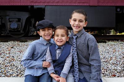 Gabbola Boys Christmas Mini