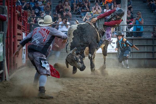 Warren County Fair-Bull Riding