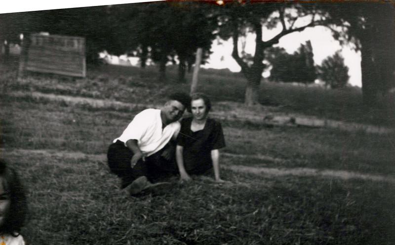 1925 Tony and Florence Konyha.jpeg