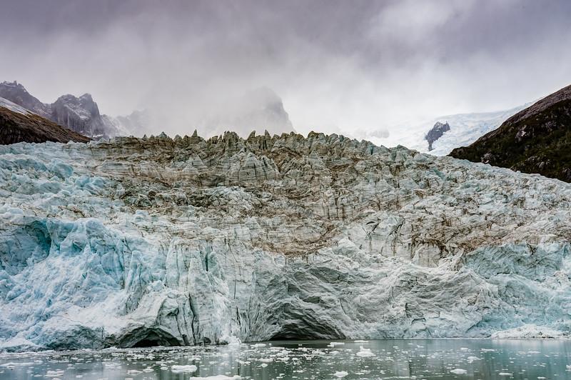 Patagonia 2018-02911_2_3hdr.jpg