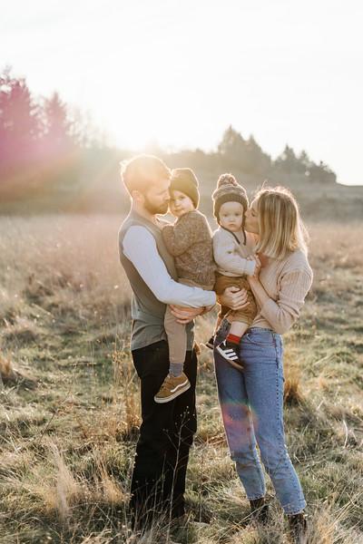2019_jones_family_0024.jpg