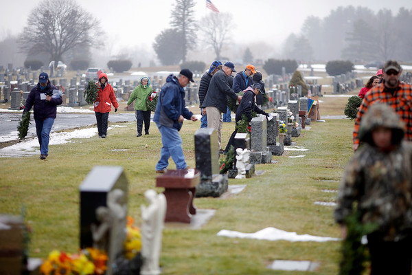 Wreaths Across America Day in North Adams-121419