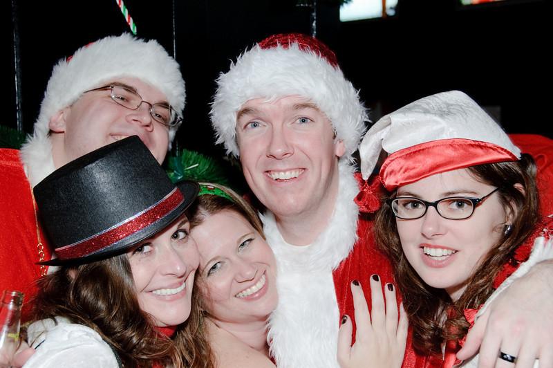 2009 ALS Santa Crawl-119.jpg