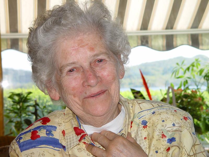 Ruth R Spindsodden18 mai 2002 .JPG