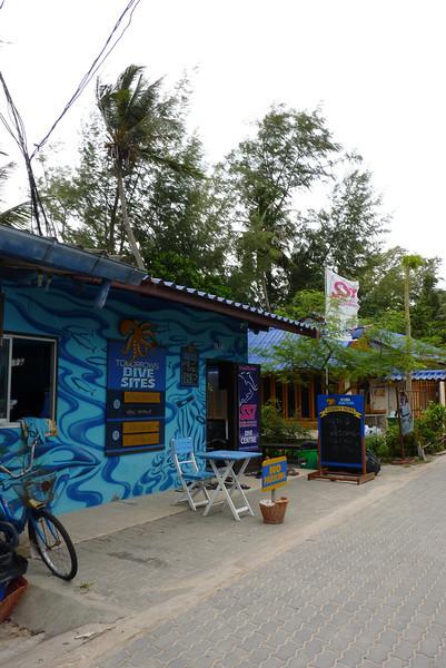 2011 SEPT 23 Koh Tao