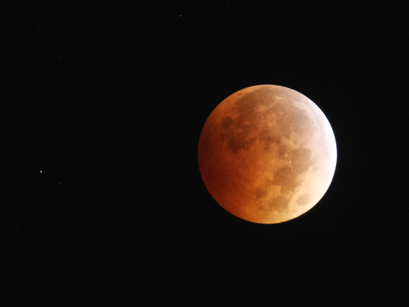 Blood Moon 01 10-08-14.jpg