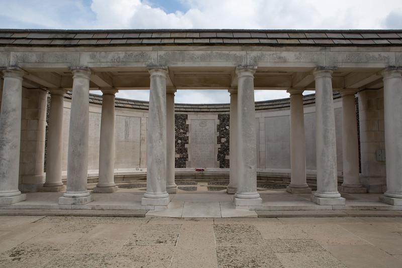 Ypres Tyne Cot Cemetery (30 of 123).jpg