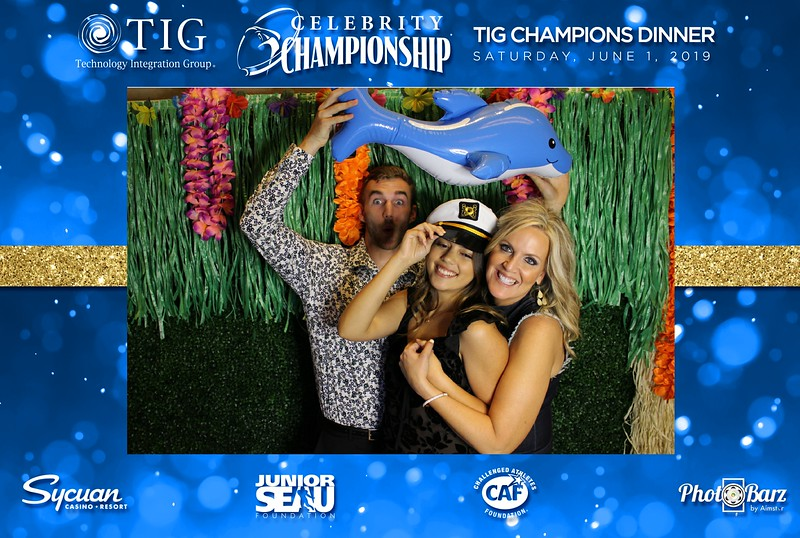 Celebrity Golf Sat Night71.jpg
