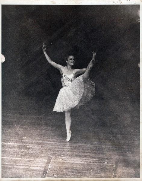 Dance_1238_a.jpg