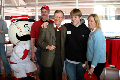 2008 Parents and Students with Dr. Gee in Cincinnati