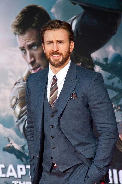 HOLLYWOOD, CA - MARCH 13: Actor Chris Evans arrives at Marvel's 'Captain America: The Winter Soldier' premiere at the El Capitan Theatre onThursday,  March 13, 2014 in Hollywood, California. (Photo by Tom Sorensen/Moovieboy Pictures)