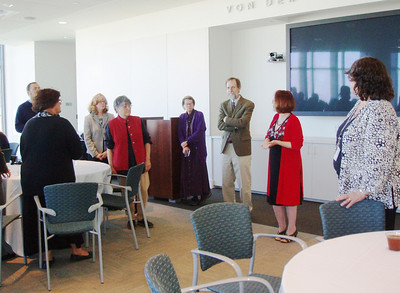 Loyola Marymount University - LMU Library Tour