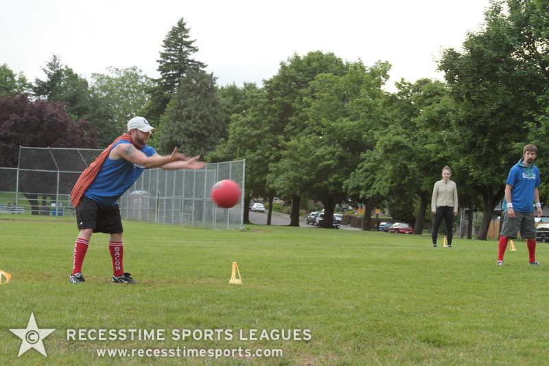 Recesstime_Portland_Kickball_20120612_1794.JPG