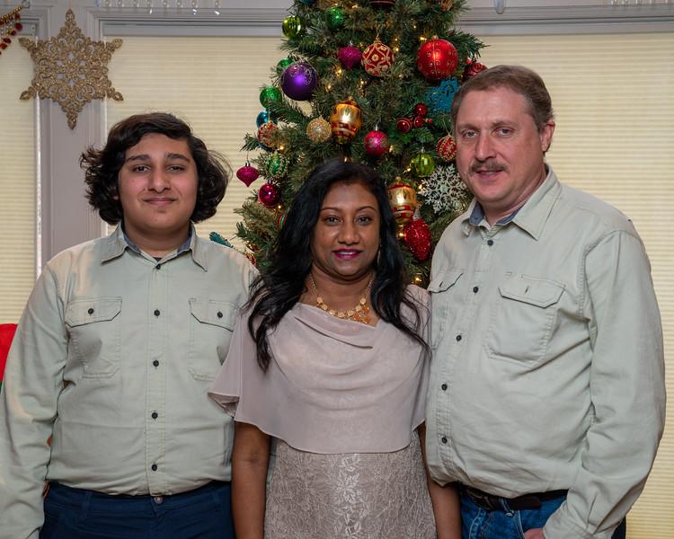Subramaniam Christmas 12-23-2019-7503.jpg