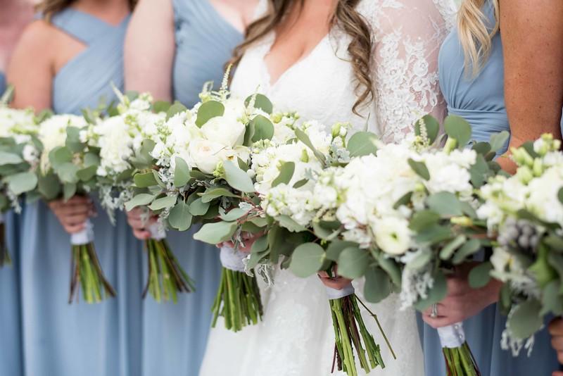 bridesmaids-flower-arrangements.jpg