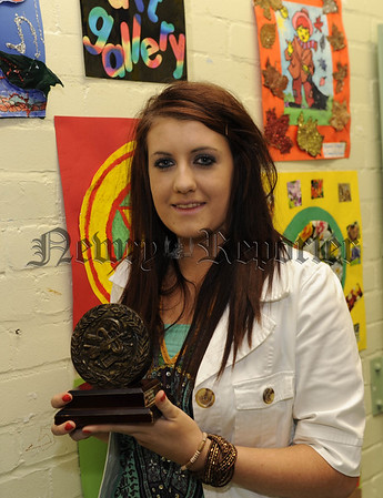 Sionan Murphy with her award for Music 10W45N602