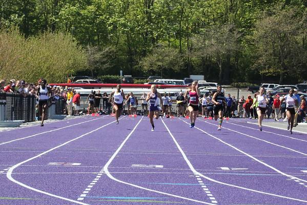 2013-05-04 UW Track & Field Meet - Womens 100m