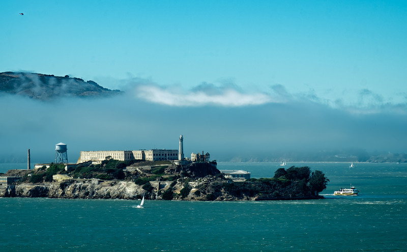 Alcatraz with Fog F5911.jpg