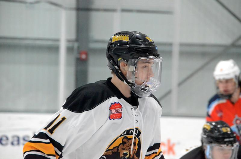 180281 Junior Bruins Hockey-014.JPG