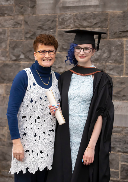 30/10/2019. Waterford Institute of Technology (WIT) Conferring Ceremonies.  Waterford Institute of Technology (WIT) Conferring Ceremonies. Pictured is Michaela Redmond who graduated BA Hons in Marketing and digital Media with her mum Ann from Wexford town, her mum was cleaning her gown. Picture: Patrick Browne