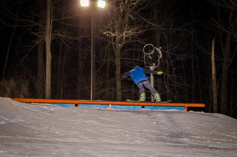 Nighttime-Rail-Jam_Snow-Trails-84.jpg