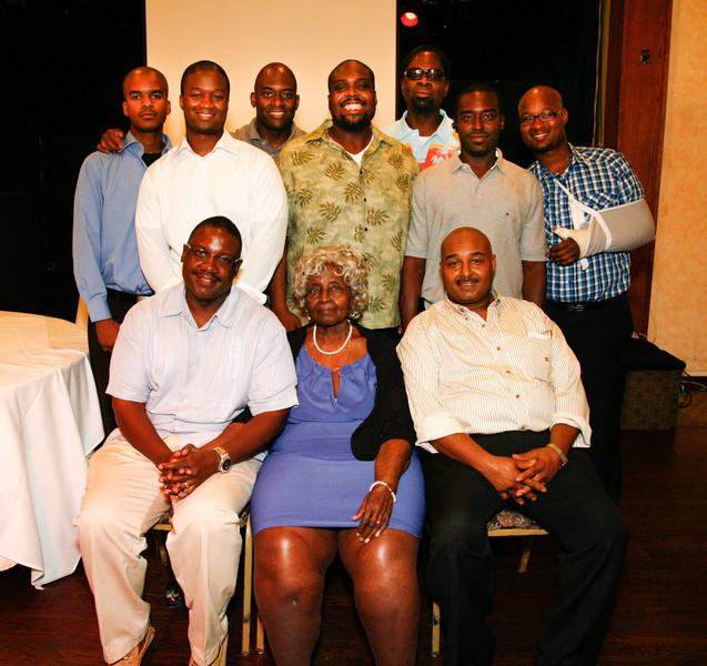 Edouard Family Reunion-3855.jpg