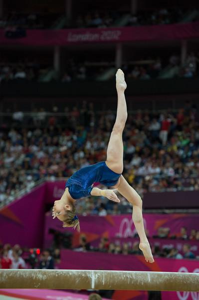 __02.08.2012_London Olympics_Photographer: Christian Valtanen_London_Olympics__02.08.2012__ND43513_final, gymnastics, women_Photo-ChristianValtanen