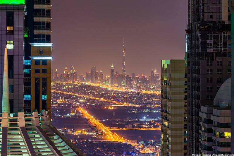 Dubai_IMG_6189-web.jpg