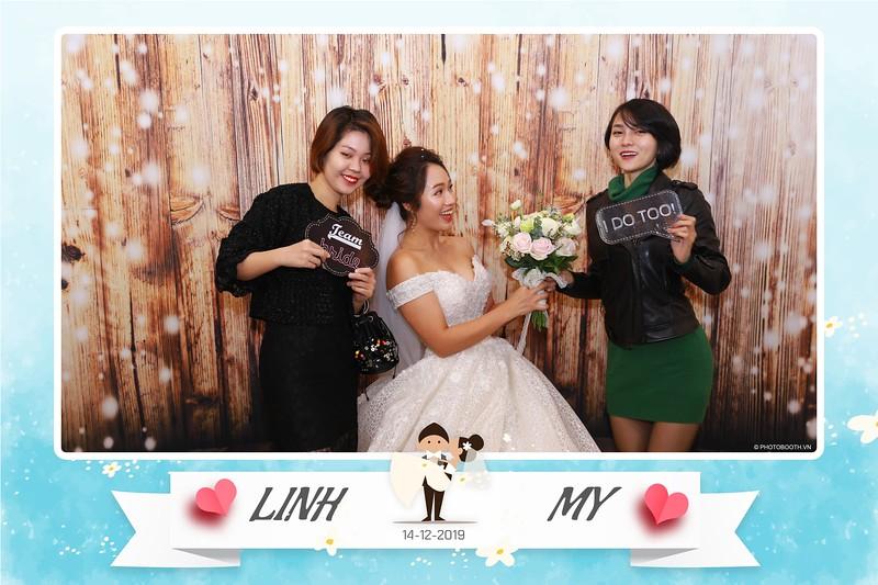 Linh-My-wedding-instant-print-photo-booth-in-Ha-Noi-Chup-anh-in-hnh-lay-ngay-Tiec-cuoi-tai-Ha-noi-WefieBox-photobooth-hanoi-39.jpg