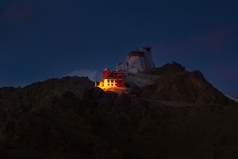 Tsemo-Maitreya-Temple-Leh-Night-View.png