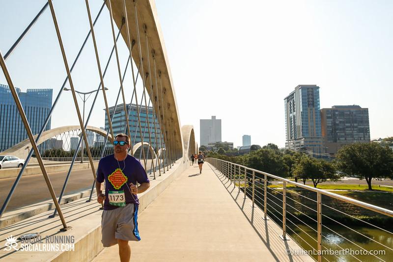 Fort Worth-Social Running_917-0386.jpg