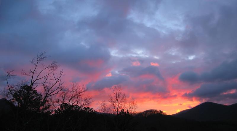Sunrise Hiawassee Dec 2013.jpg