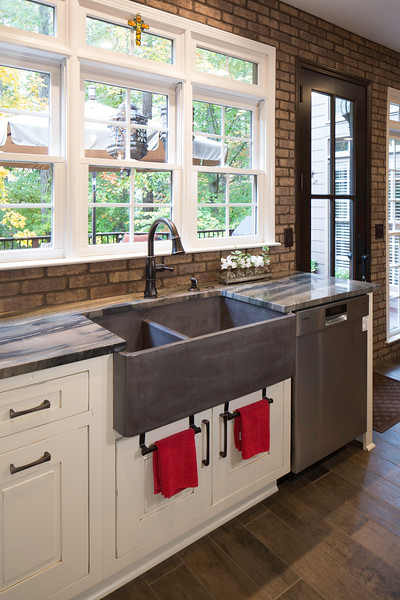 King Valley Kitchen Reduced (5 of 35).JPG