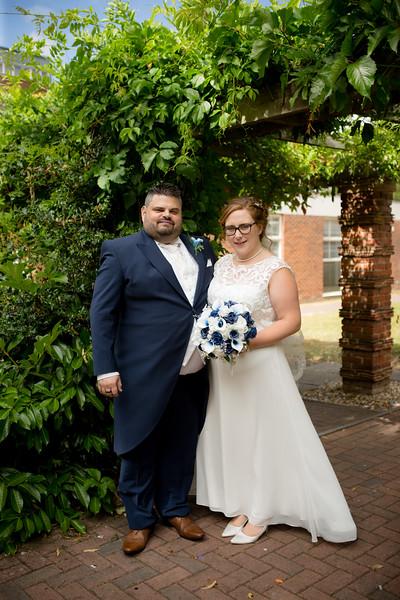 Mr and Mrs Lee-187.jpg