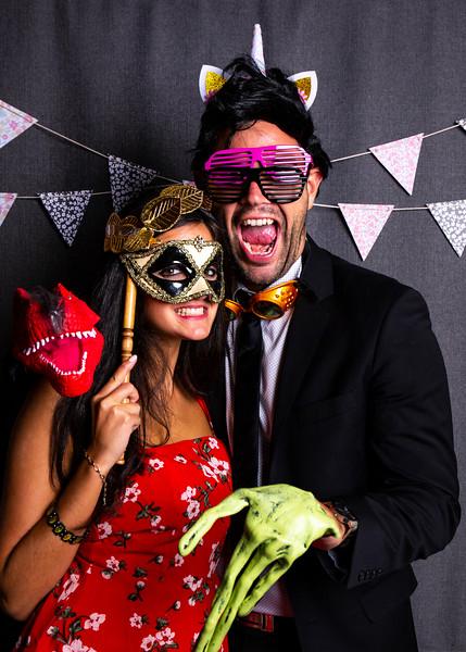 Montreal_Wedding_Photographer_Lindsay_Muciy_Photography+Video_M&E_PHOTOBOOTH_16.jpg