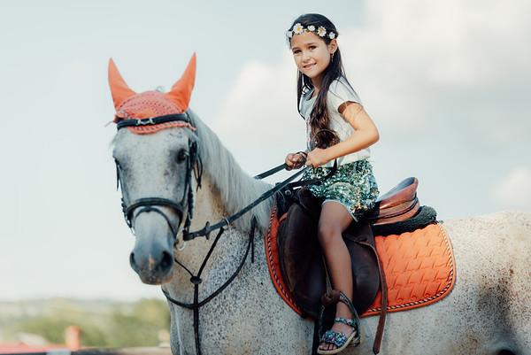 Carla Ioana - Sedinta Foto