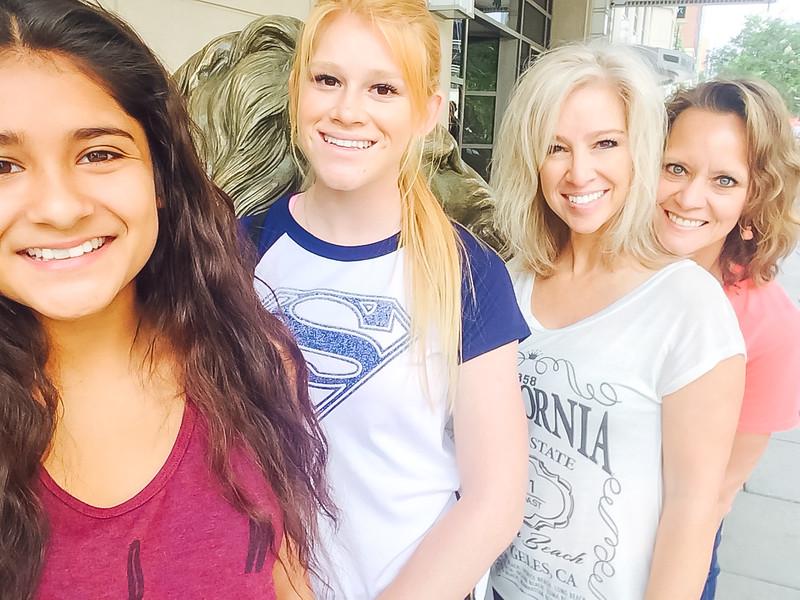 DSR_20150703Williamsburg Yorktown Girls Trip4.jpg