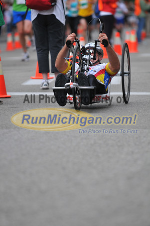Wheelchair and Handcycle 25K Finish - 2012 Fifth Third River Bank Run