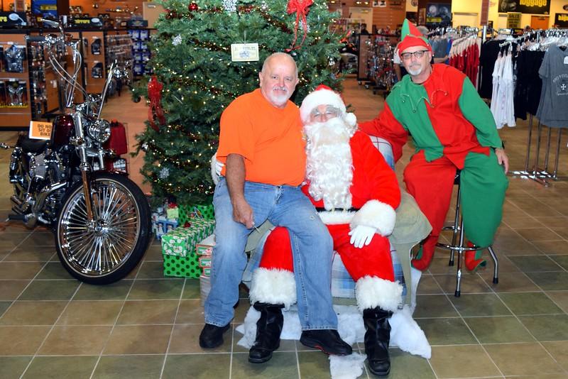 2014 Santa Visits J&P Cycles Florida Superstore (57).JPG