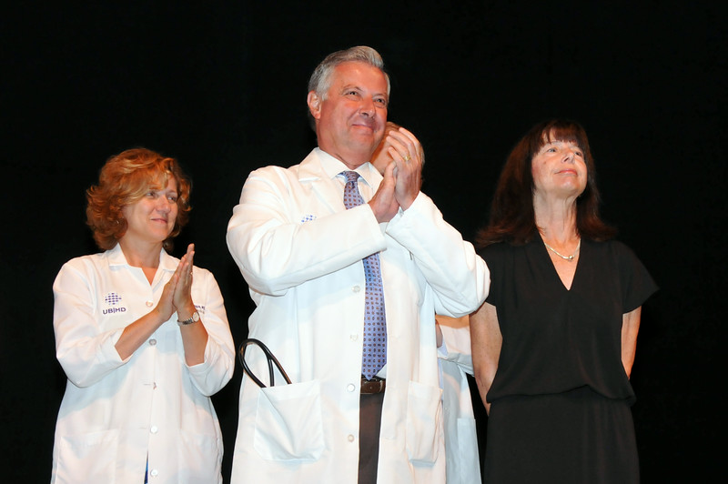 White_Coat_2013_hr_9802.jpg