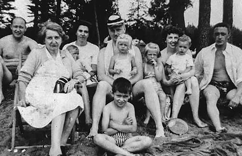 1953_beach.jpg