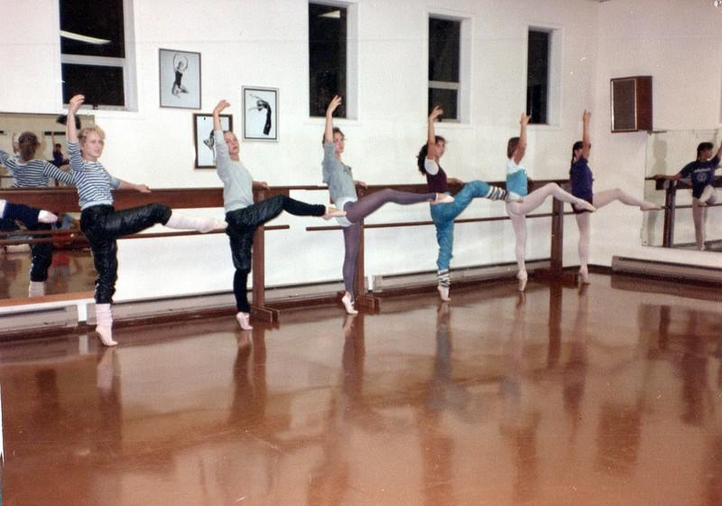 Dance_2482_a.jpg