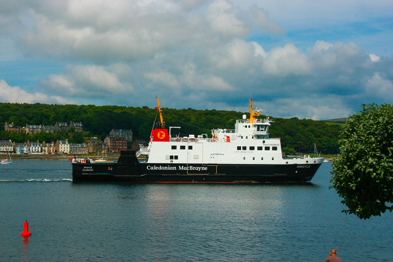 Calidonian leaving Bute