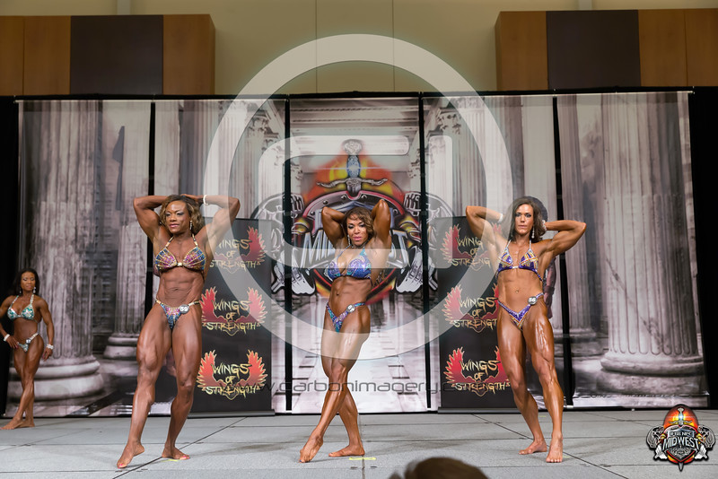 IFBB - Womens Physique - Prejudging