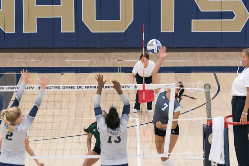 HPU Volleyball-92264.jpg