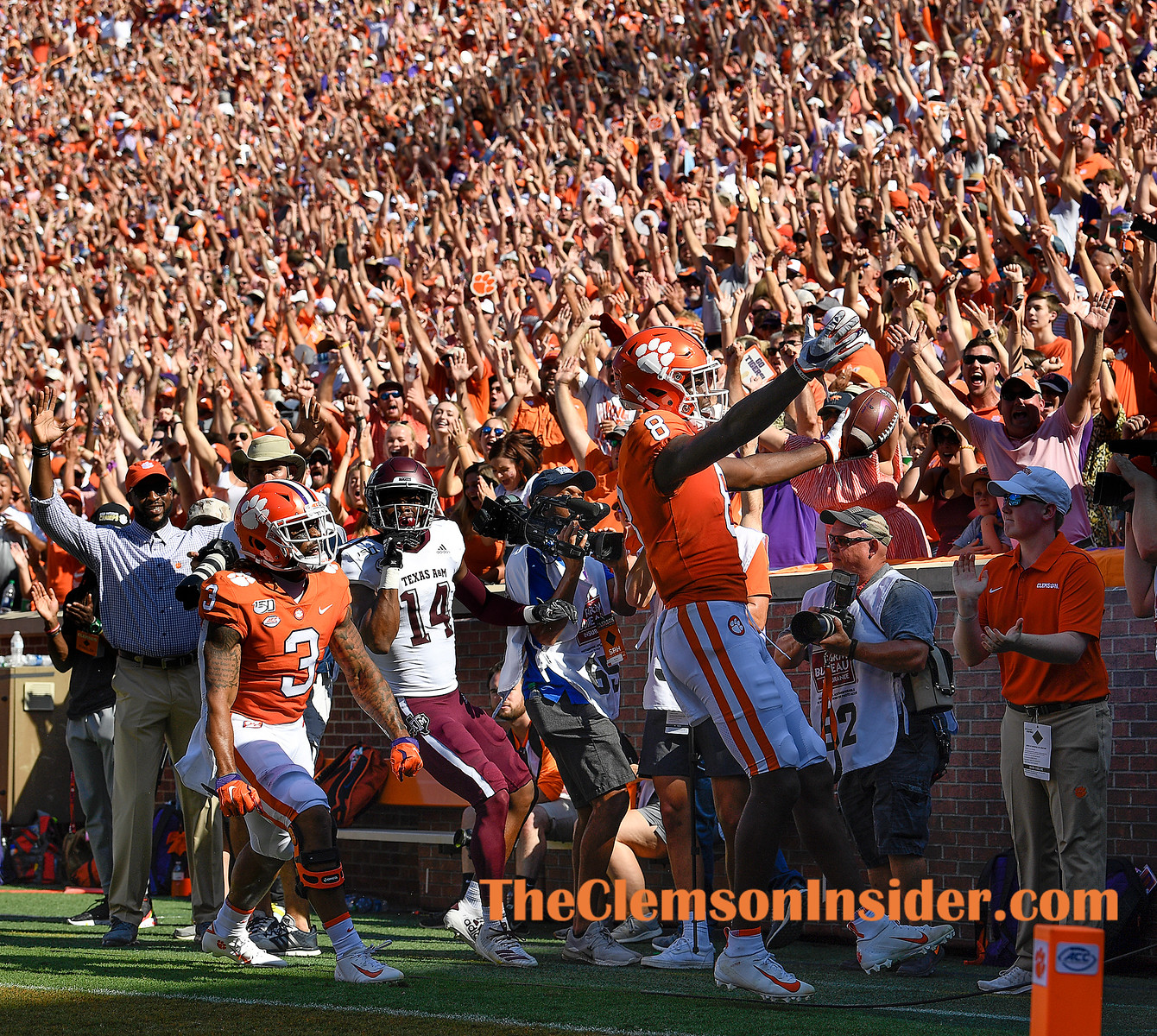 Clemson wide receiver Justyn Ross (8) catches a TD against Texas A&M during the 2nd quarter Saturday, September 7, 2019 at Clemson's Memorial Stadium. Bart Boatwright/The Clemson Insider