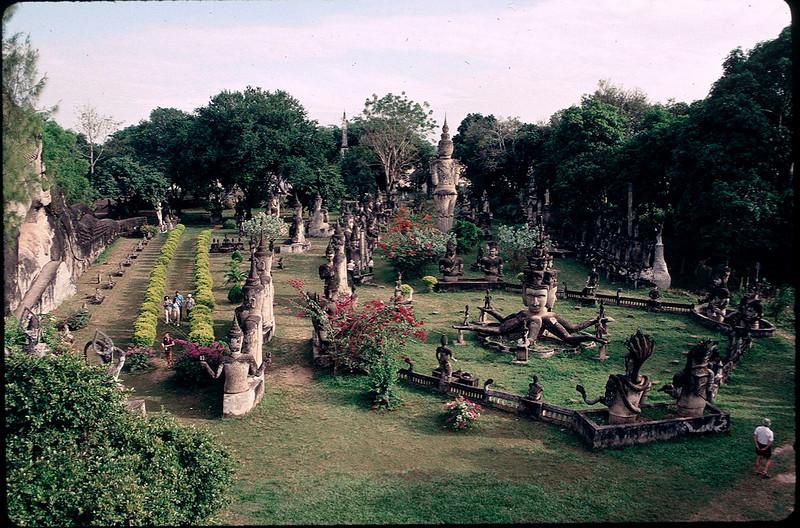 LaosCanada1_038.jpg